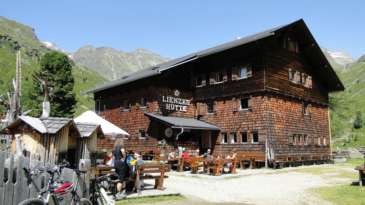 Unser Etappenziel die Lienzer Hütte.