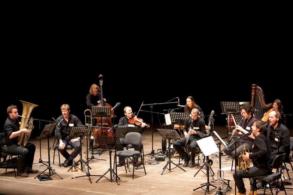 Das Ensemble gastiert u.a. regelmäßig bei den Salzburger Festspielen.