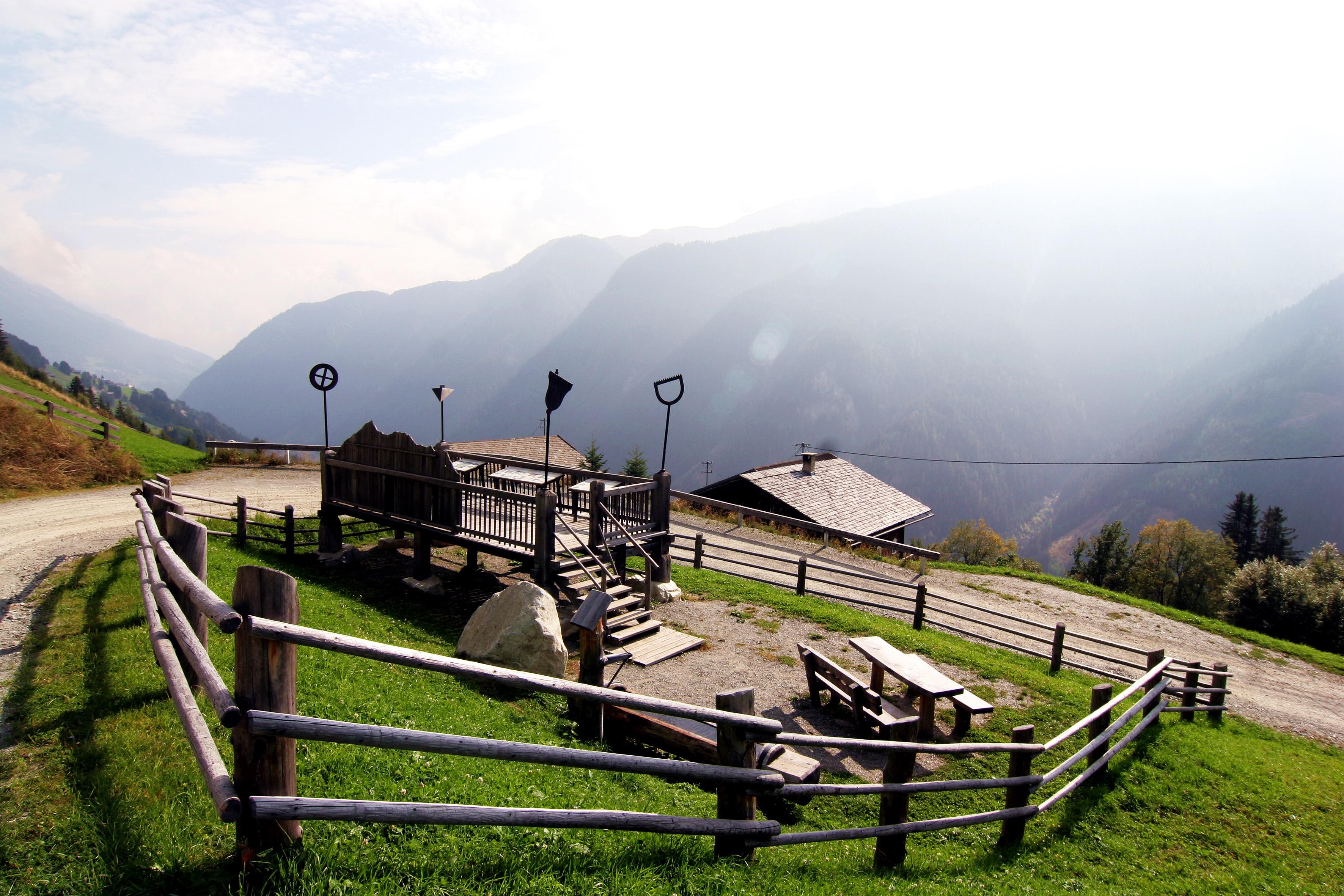 """Panoramaweg """"Leben am Steilhang"""""""