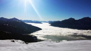Im Tal Nebel - am Berg Sonnenschein.