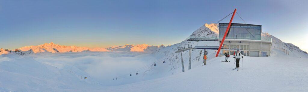Ein Panorama, eine Bergkulisse die einem den Atem raubt.