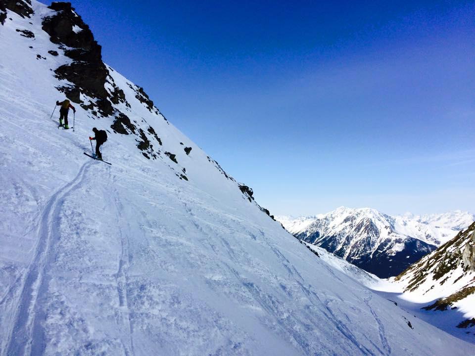 Weiße Stille auf den Bergen