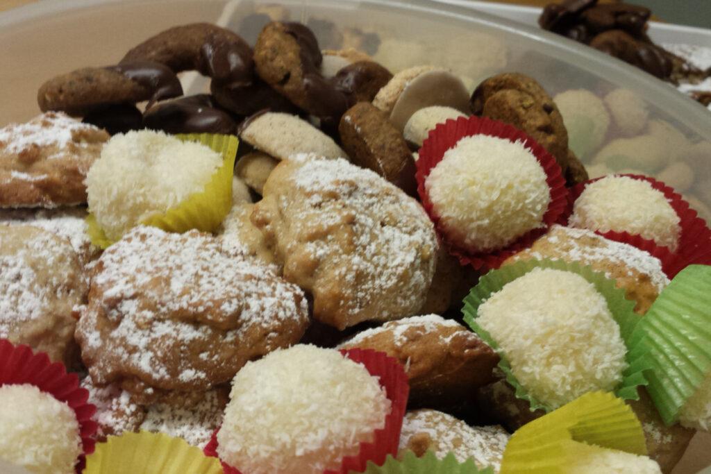 Raffaelo Kekse, Hausfreunde...