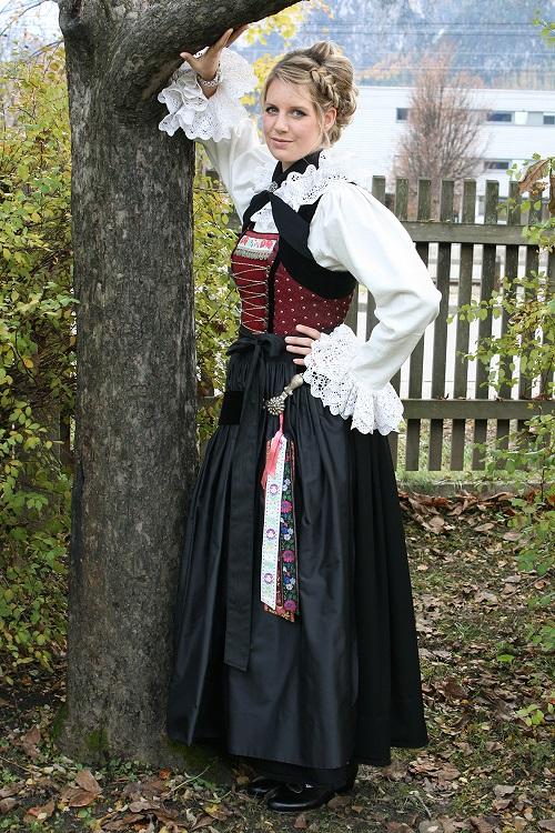 0cd60a6e012ed6 Trachten in Osttirol: sie werden mit Stolz getragen!