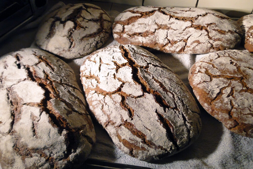 bauernbrot-brot-backen