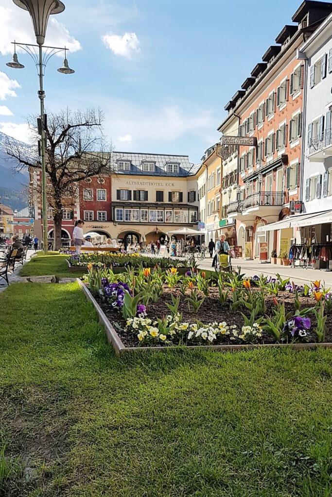 Urlaub in Osttirol: Hauptplatz-mit-Kaffees