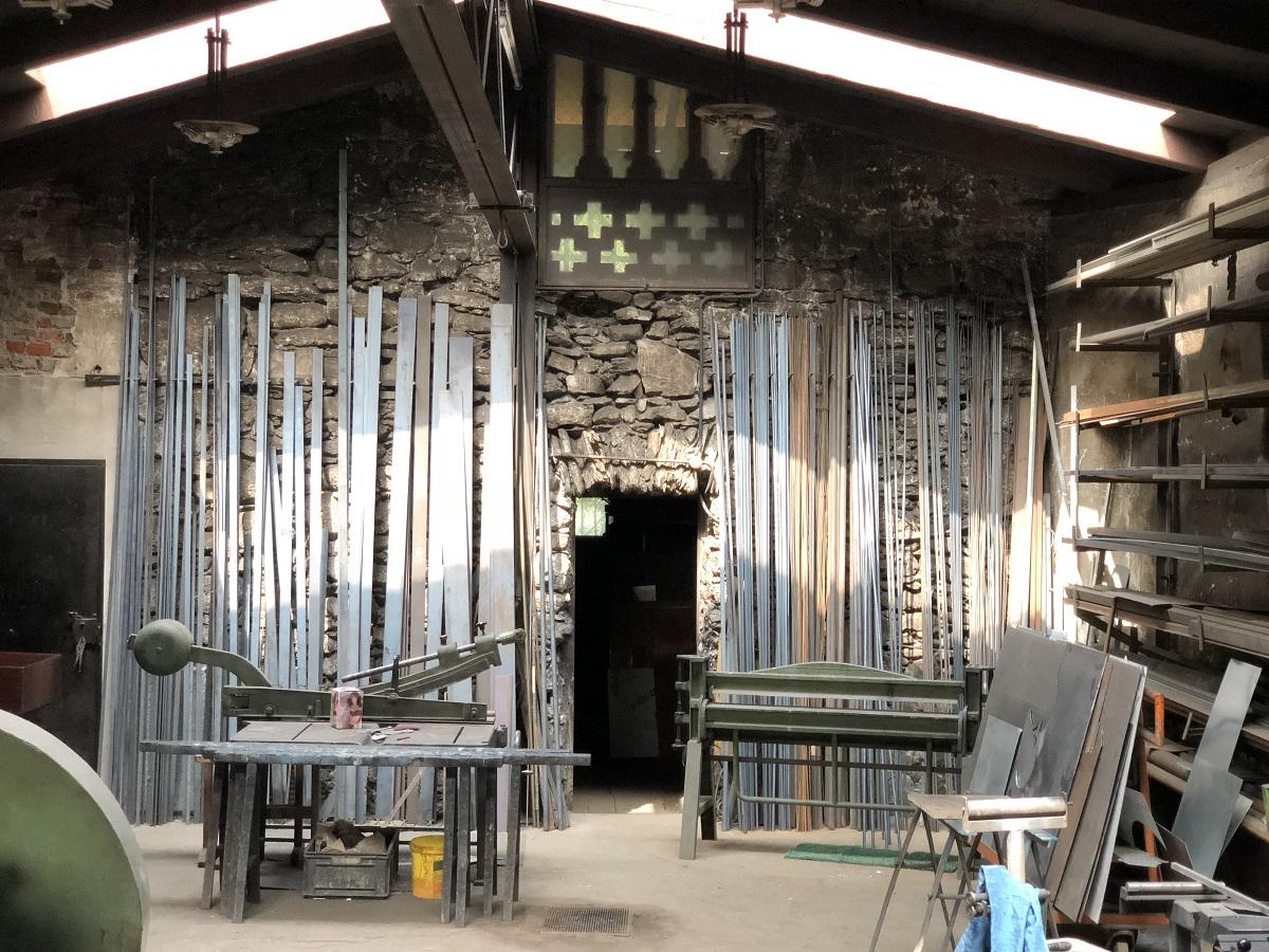 Die alte Kunstschmiede in der Messinggasse Lienz ist ein besonderer, archaischer Ort.