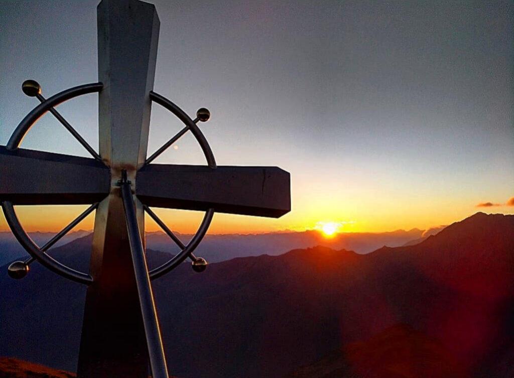 Sonnenuntergang am Figerhorn