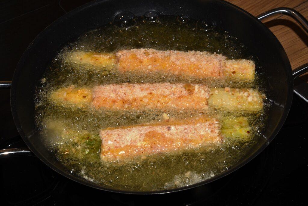 spargel-cordon-bleu-frittieren